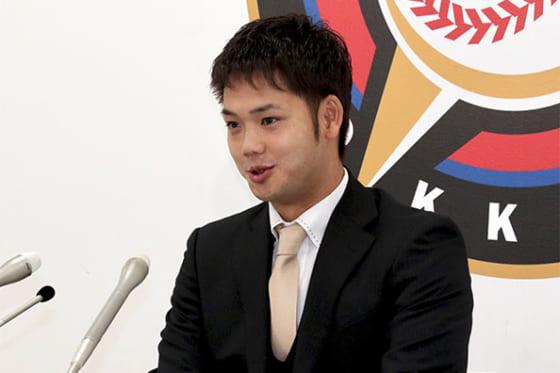 北海道日本ハム谷口は200万円減の1300万円 背番号「4」の来季は「結果で球団にお返しを」