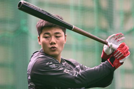 北海道日本ハム清宮が右肘を手術し無事終了 来春キャンプでの復帰目指す