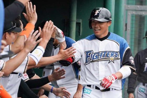"""""""大王""""の本塁打に台湾メディアが興奮するワケ ハム王柏融が背負って立つモノ"""