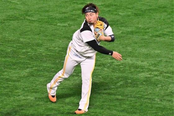 鷹の守護神・森、右広背筋と大円筋の部分損傷 MRI検査受診、球団が発表