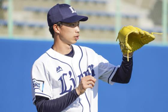 「何度も辞めようと思って…」埼玉西武育成1位・出井を奮い立たせた横浜DeNA左腕とは