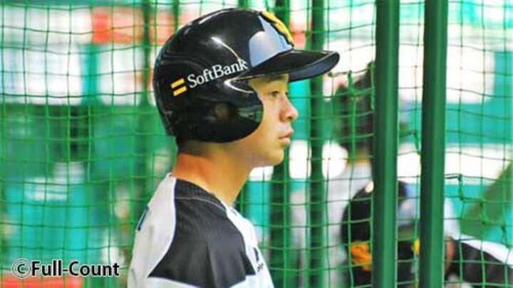 ホークス川瀬晃がプロ初安打、記念球は「両親に」。代打出され「精進するだけ」
