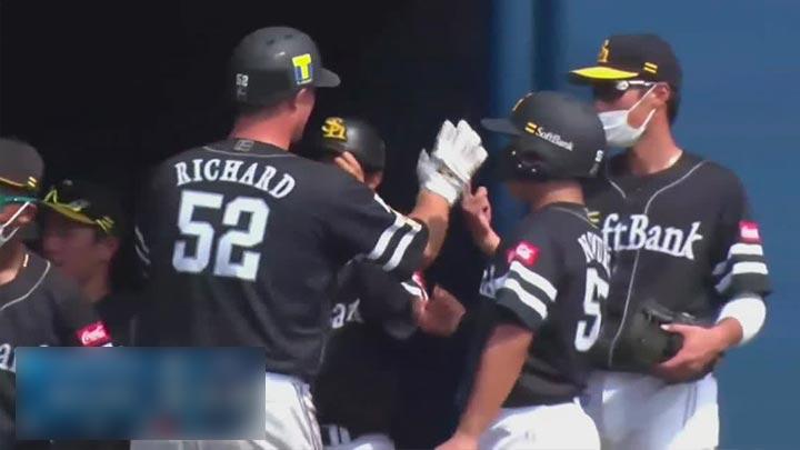 【ファーム】リチャードが2本塁打5打点の大暴れ! 12得点と打線爆発の鷹が快勝