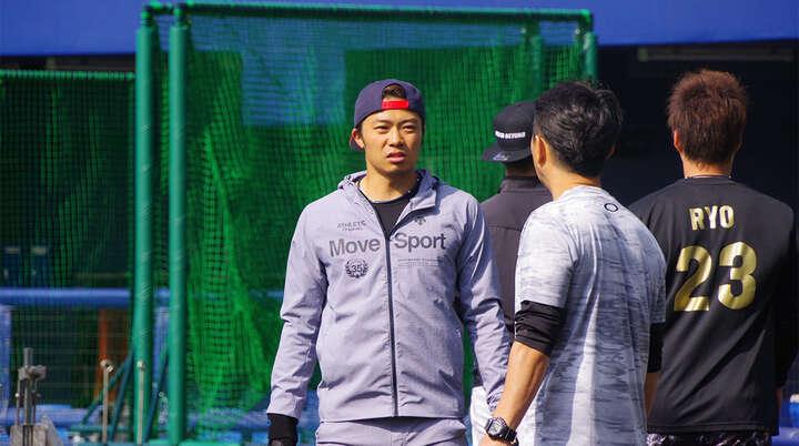 キャンプ前、自主トレ中の中島卓也選手。