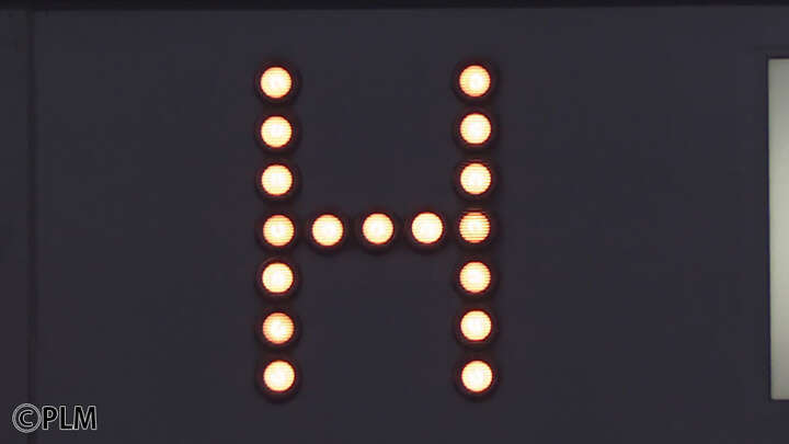 スコアボードに灯した初安打のランプ。誰が放った?