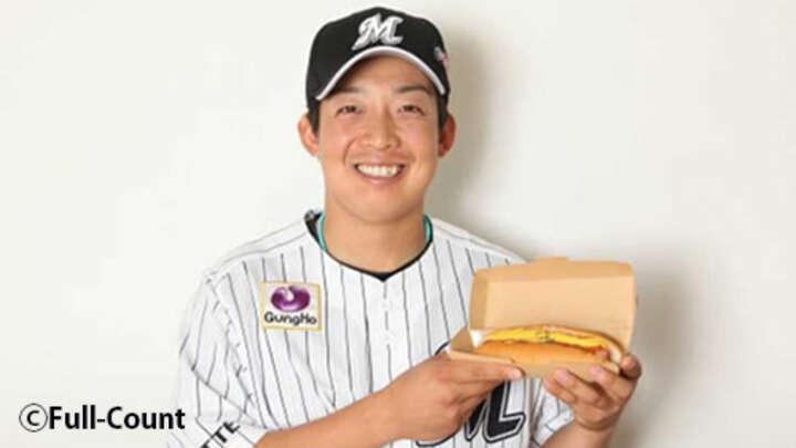千葉ロッテ菅野剛士の「ミスターダブルホットドッグ」販売 二塁打でウインナー2本
