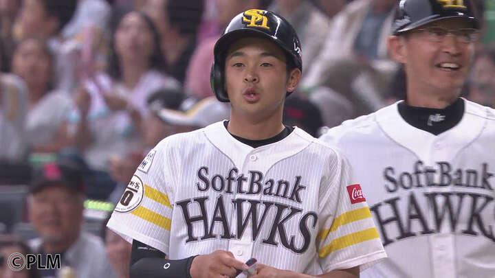 ホークス3年目の川瀬晃が嬉しいプロ初安打 「勝てるように少しでも貢献したい」