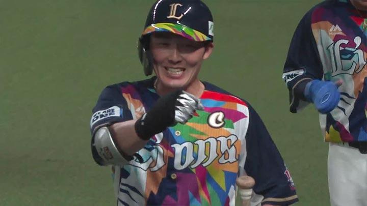 源田壮亮が4安打3打点&外崎修汰が2安打4打点! 埼玉西武が最大7点差を追い付きドロー